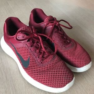 Nike Sneakers   size 9   used like new